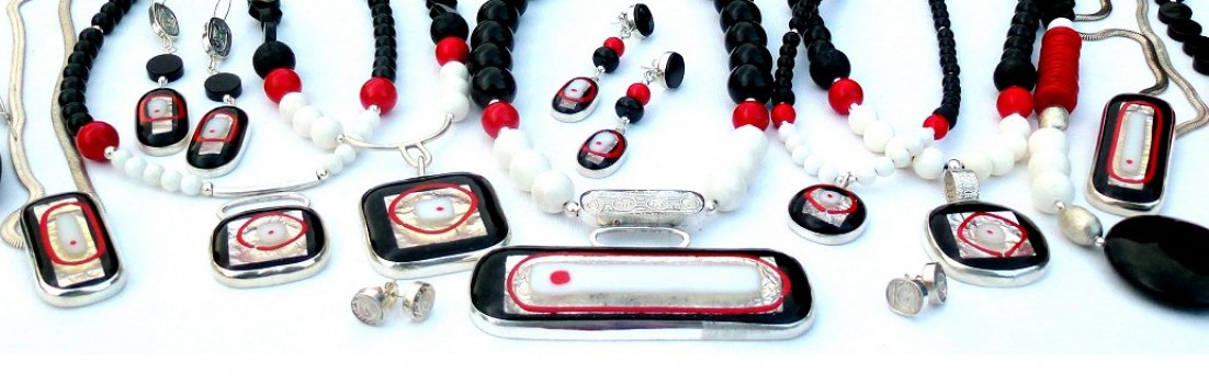 Jewellery banner image red, white, black